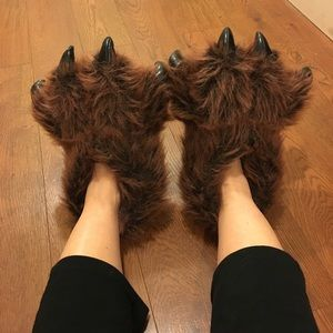 Shoes - Bear foot slippers